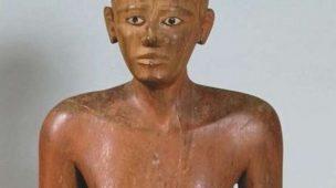 Grande estátua do chanceler Nakhti