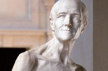 Voltaire nu